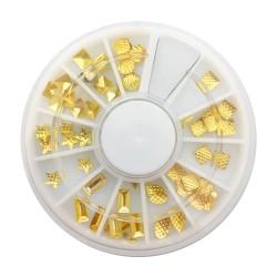 Золотой металлический декор...